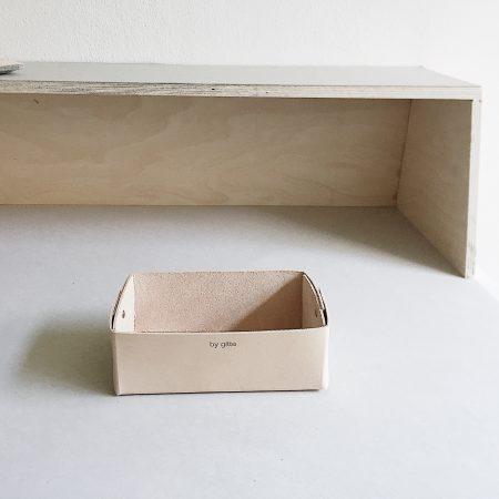 by gitte pen tray